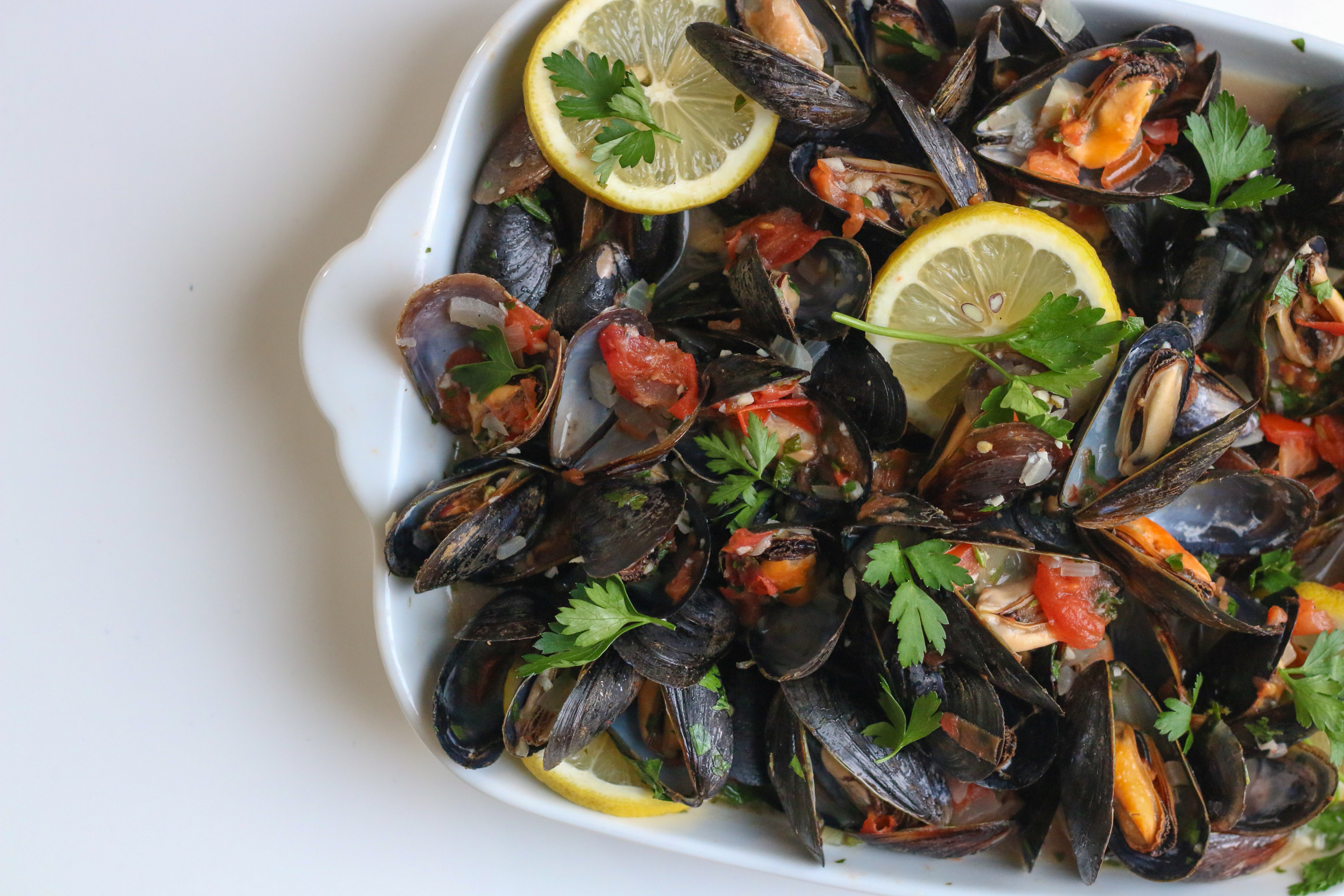 Mussels White Wine Sauce | ChefJulieYoon.com